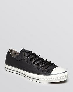 Converse  - Chuck Taylor All Star Low Top Sneakers