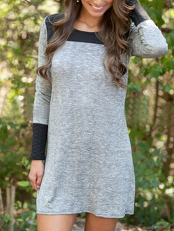 Romwe - Color-Block Long Sleeve Shift Dress