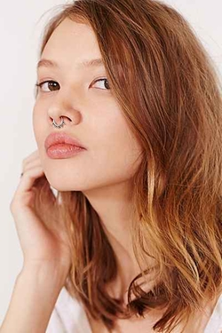 Urban Outfitter - Zoya Faux Nose Ring