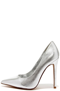 RSVP - Heartclick Your Heels Silver Pointed Pumps