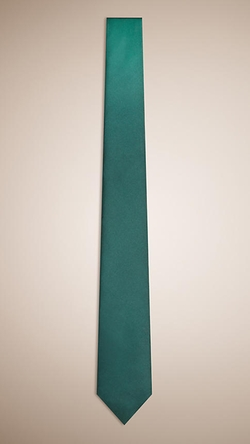 Burberry - Modern Cut Silk Tie