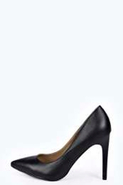 BooHoo - Kylie Pointed Court Heels