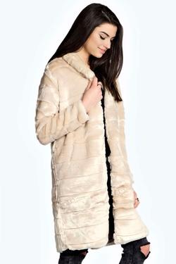 Boohoo - Astrid Longline Faux Fur Coat