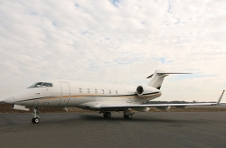Bombardier - Challenger 300 Private Plane