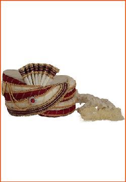 utsavfashion - Off White and Maroon Crush Poly Silk Turban