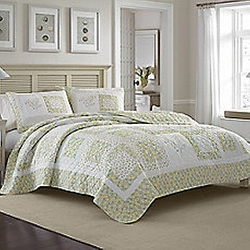 Laura Ashley - Elyse Quilt In Green