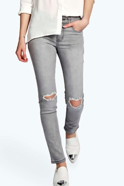 Boohoo Blue - Evie Distressed Ripped Knee Jeans