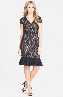 Nue By Shani - Lace V-Neck Tulip Hem Dress