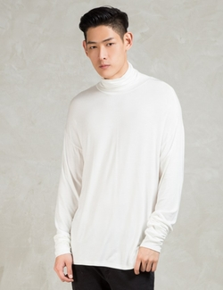Represent Clothing   - Essential Turtle Neck Under T-Shirt
