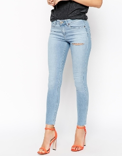 Asos - isbon Skinny Mid Rise Ankle Grazer Jeans