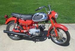 Yamaha - 1966 YA6 Y21 Motorbike