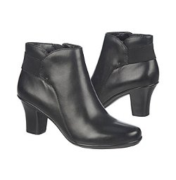 Naturalizer - Later Ankle Boots