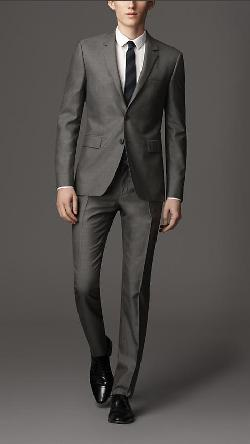 Burberry - SLIM FIT WOOL SILK SUIT