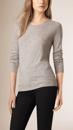 Burberry - Crew Neck Cashmere Sweater