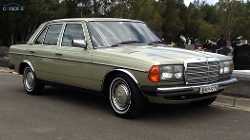 Mercedes-Benz - 1983 300D Car