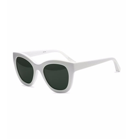 Elizabeth and James  - Bryant Square Monochromatic Sunglasses