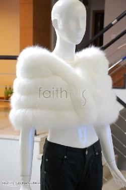 Feissifur - White Fox Fur Cape