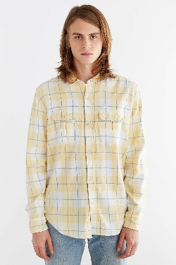 Urban Outfitters - Salt Valley Flannel Button-Down Shirt