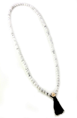 Domo Beads - Howlite Mala Necklace