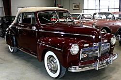 Ford - 1942 Super Deluxe Convertible