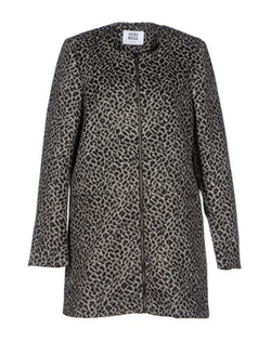Vero Moda - Round Collar Coat