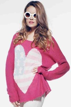 Wildfox Couture USA  - Heart Billy Sweater in Magenta