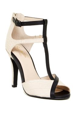Seychelles  - Hideaway T-Strap Sandals