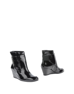Nine West - Ankle Boots