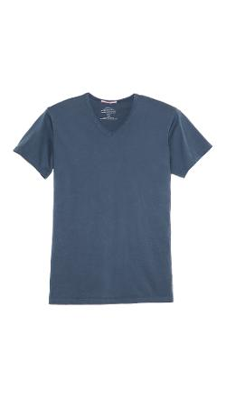 Apolis  - V Neck T-Shirt
