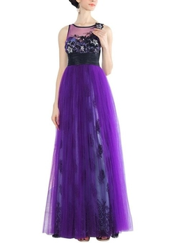 Kingmalls - Jewel Empire Beading Applique Dress
