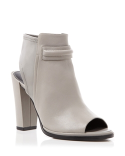 Kenneth Cole  - Sydney High Heel En Toe Booties