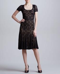 Zac Posen  - Short-Sleeve Lace Dress