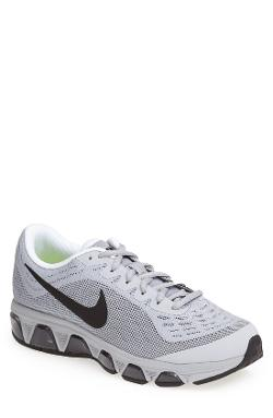 Nike - Air Max Tailwind 6 Running Shoe
