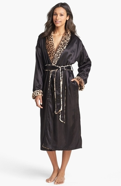 Giraffe at Home  - Faux Fur & Satin Robe