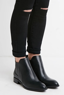 Forever21 - Faux Leather Chelsea Boots