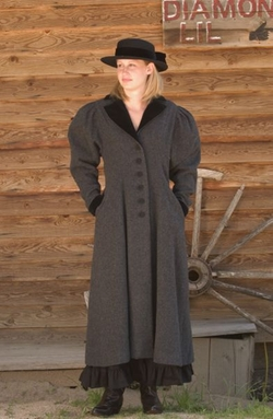 Cattle Kate - Carriage Coat