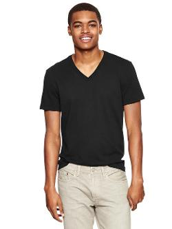 Gap - The Essential V-Neck T-Shirt