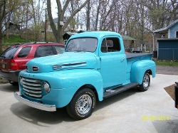 Ford - 1949 F1 Pick Up Truck