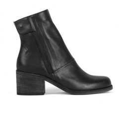 LD Tuttle - The Cave Boots