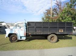 Chevrolet - 1957 5200 Series 1 1/2 Ton Truck