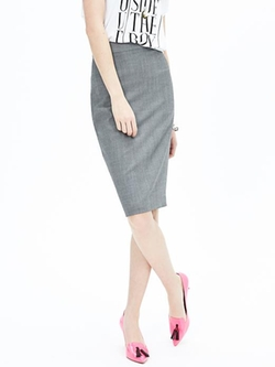 Banana-Republic - Gray Lightweight Wool Pencil Skirt