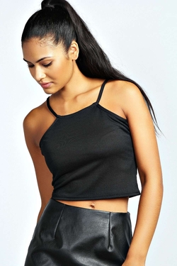 Boohoo Night - Clare Spaghetti Strap High Neck Crop Top