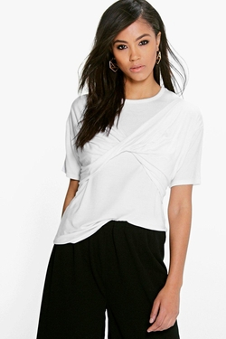 Boohoo - Lydia Twist Front T-Shirt