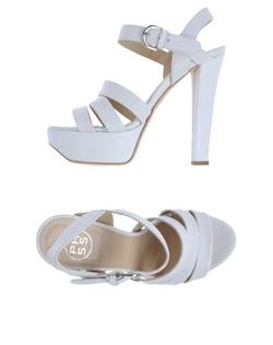 PH 5.5 - Platform Sandals