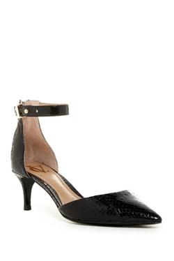 Vc Signature - Brenda Ankle Strap Pumps