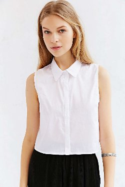 BDG  - Sleeveless Collared Top