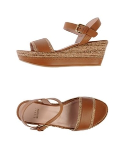 Stuart Weitzman - Rubber Cleated Sole Sandals