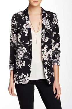 Astr - Printed Long Sleeve Blazer
