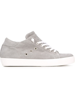 Leather Crown   - Classic Lo-Top Sneakers