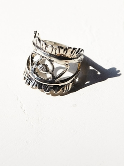 Free People - Eye Of The Warrior Ring
